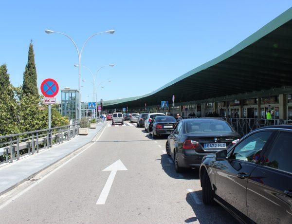 Puerta facturación: 200 - 300 mitad de terminal